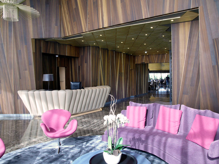 Hall hotel Finca Montesqueiro, Alerce Fumé, Proyecto: MAS Arquitectura